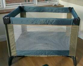 TRAVEL COT/PLAYPEN