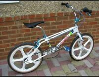 WANTED VINTAGE 1980'S OLD BMX BIKES & STICKERS/DECALS & PARTS