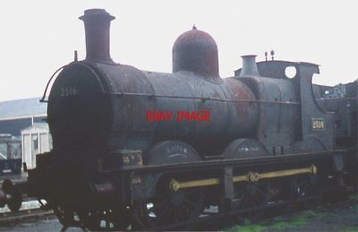 PHOTO  GWR  DEAN GOODS 0-6-0 2516. NOW ON DISPLAY AT THE SWINDON 'STEAM' EXHIBIT