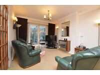 FAMILY HOUSE 3 BEDROOM HOUSE IN REDBRDIGE £1750