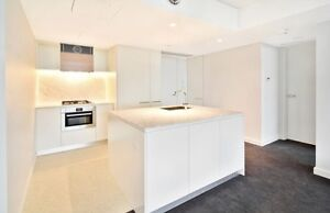 STUNNING 1 Bedroom Apartment. Balcony, Rooftop Garden, Views! Crows Nest North Sydney Area Preview