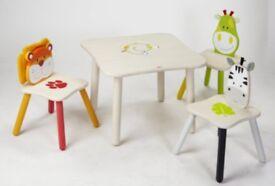 Wonderland safari table and chairs