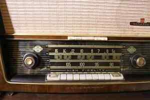 Mid Century NordMende Othello HiFi radio London Ontario image 1