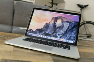 MAC BOOK PRO 15' Retina Display i7 Core- Excellent - with box