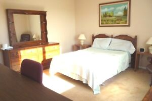 Available August 1st: Furnished set with bedding X-Large Room