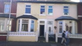 4/5 BEDS TERRACED HOUSE TO RENT, BLACKPOOL. FY1