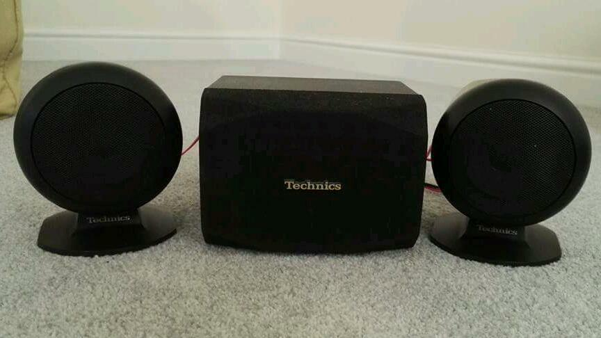 Technics Surround sound Speakers Rare set of Technics surround speakersin Woodley, BerkshireGumtree - Technics Surround sound SpeakersRare set of Technics surround speakers. Front and two rears. Not used much. I have an amp to match for sale to