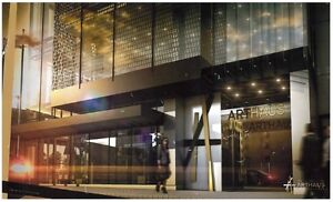 Cash-back 0.5%!! Live in luxury and style, next to Rideau Center