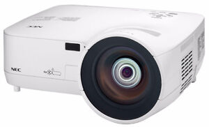 PROJECTOR FOR RENT - 2600 PLUS LUMENS!!  1 DAY FOR $50!