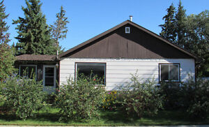 Spacious 4 bedroom 4-level split on 2 lots - 15 min from Camrose