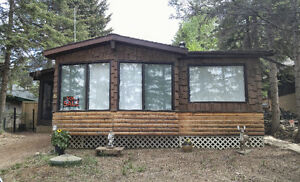 Lake Front Property on Barrier lake - Year Round Use! Owned Lot.