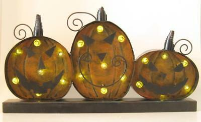 LED Lighted Metal Pumpkins Sign Battery Operated Tabletop 18