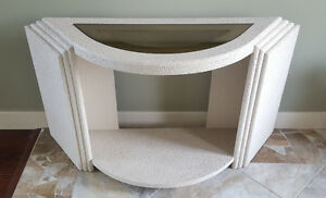 White Entrance/Accent Table