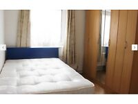 **Stunning Doubleroom in E14 Westferry DLR**