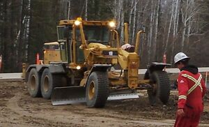 GRADER FOR SALE; COMES WITH SNOW WING & RIPPER