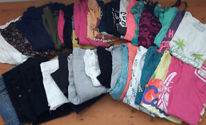 Lot of teen girls clothing 35+ items