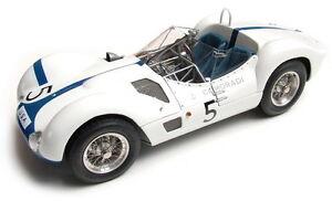 CMC M047 MASERATI BIRDCAGE TIPO 61 model car no.5 Winner Nurburgring 1960 1:18th