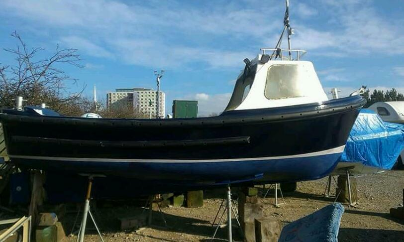 18 Foot Cheverton Champ Fishing Boat In Gosport