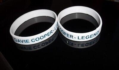 RANGERS FC WHITE WRIST BAND DAVIE COOPER-LEGEND