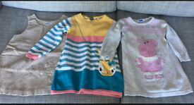 Bundle of clothes for 2-3 year old girl (34 items)