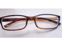 New Modern Brown Glasses Frame Suitable for Prescription Lenses.