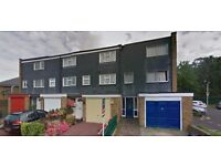 Stunning Large Studio( Ensuite & own kitchenette )x 4 available for quick move-£750 / MONTH–UXBRIDGE