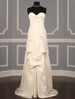 Nicole Miller Designer Wedding Dress- Size 8
