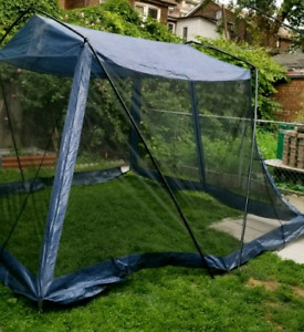 Screen room tent - dining tent