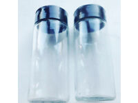 2 New Clear Glass EMPTY Refillable Spice Jars with Black Lidded Sprinkler Tops .