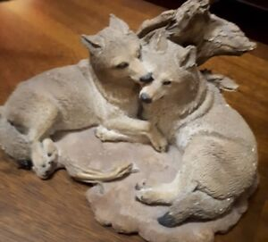 Pair Wolves Statue Figurine 8 inches long