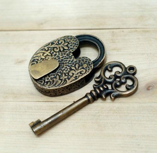 antique keys ebay. Black Bedroom Furniture Sets. Home Design Ideas