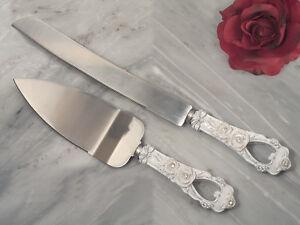 ELEGANT-ROSE-COLLECTION-WEDDING-CAKE-KNIFE-AND-CAKE-SERVER-SET