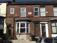 5 DOUBLE BEDROOMED furnished student house in walking distance to University. AVAILABLE 07/07/18