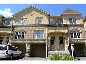 townhouse for rent in pickering, close to town center /go train