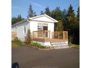 Beautiful water view cottage for rent