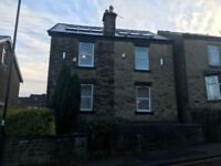 Great 4 BEDROOMED student house located within walking distance to University. AVAILABLE 01/07/18