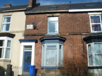 5 BEDROOMED student house within walking distance to University of Sheffield. AVAILABLE 07/07/18