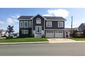 BEAUTIFUL HOME FOR RENT - SOUTHLANDS - 7 TEAKWOOD DR.