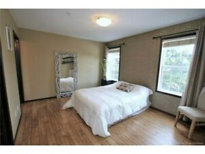 1 bed, 1 private bathroom and deck
