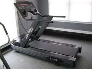 Treadmill Life Fitness 9500HR Model