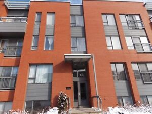 NDG 5½ Beautiful Condo with indoor parking,locker room,and more