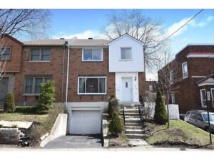**LOCATION** HOUSE for rent next to prestigious Ch Circle