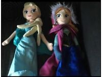 Frozen - Anna & Elsa plush dolls