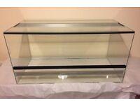 Glass vivarium / terrarium