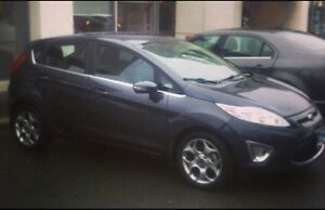 2012 Ford Fiesta SES - 75km, comes with new Blizzak winters