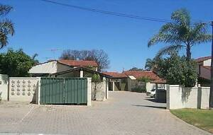 Quiet complex 2 bed 1 bathroom Townhouse 2 split airconditioners Yokine Stirling Area Preview