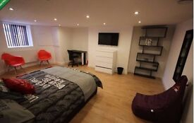 £525 PCM, BILLS INCLUDED, 6 x LUXURY FURNISHED BEDROOMS TO RENT, AMAZING TRANSPORT LINKS, MANCHESTER