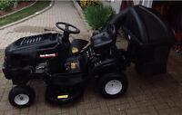 2011 LAWN TRACTOR WITH DOUBLE BAGGER