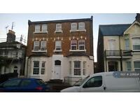 1 bedroom flat in Harold Road, Margate, CT9 (1 bed)