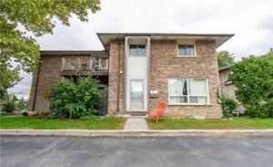 4 977 FRANCIS RoadBurlington, Ontario,